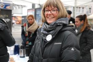 Froh und ein wenig stolz auf das Engagement ihrer Klasse: Pfarrerin Bärbel Bresser. (Foto: Uta Garbisch)